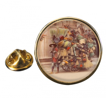Japanese Pedler Round Pin Badge